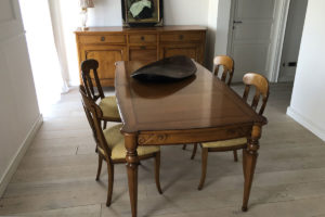 Credenza tavolo e sedie Pregno